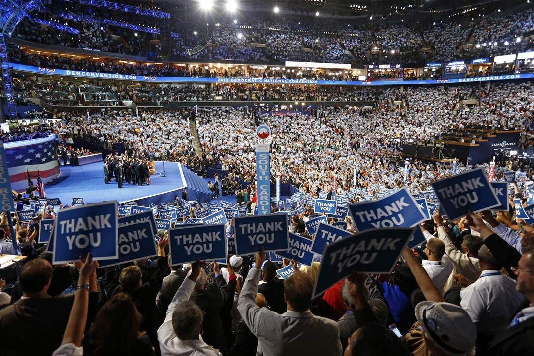 Democratic-Convention-thank-you-signs