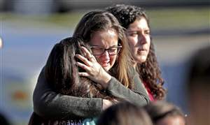 APTOPIX-School-Shooting-Florida-3